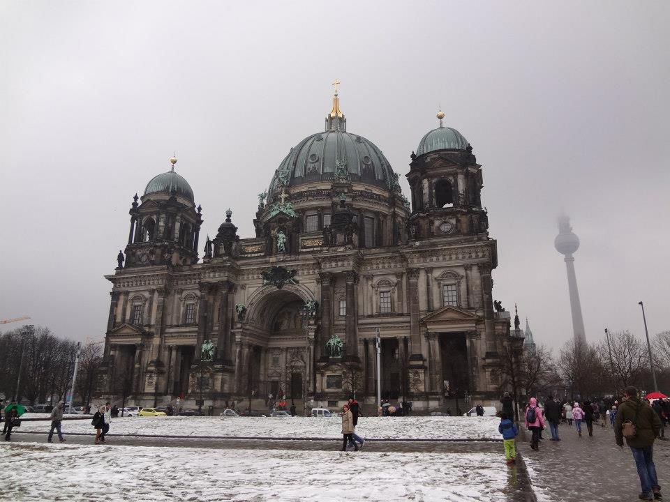 Berliner Dom Winter.jpg