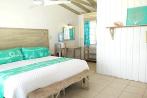 Small Hope Bay Lodge