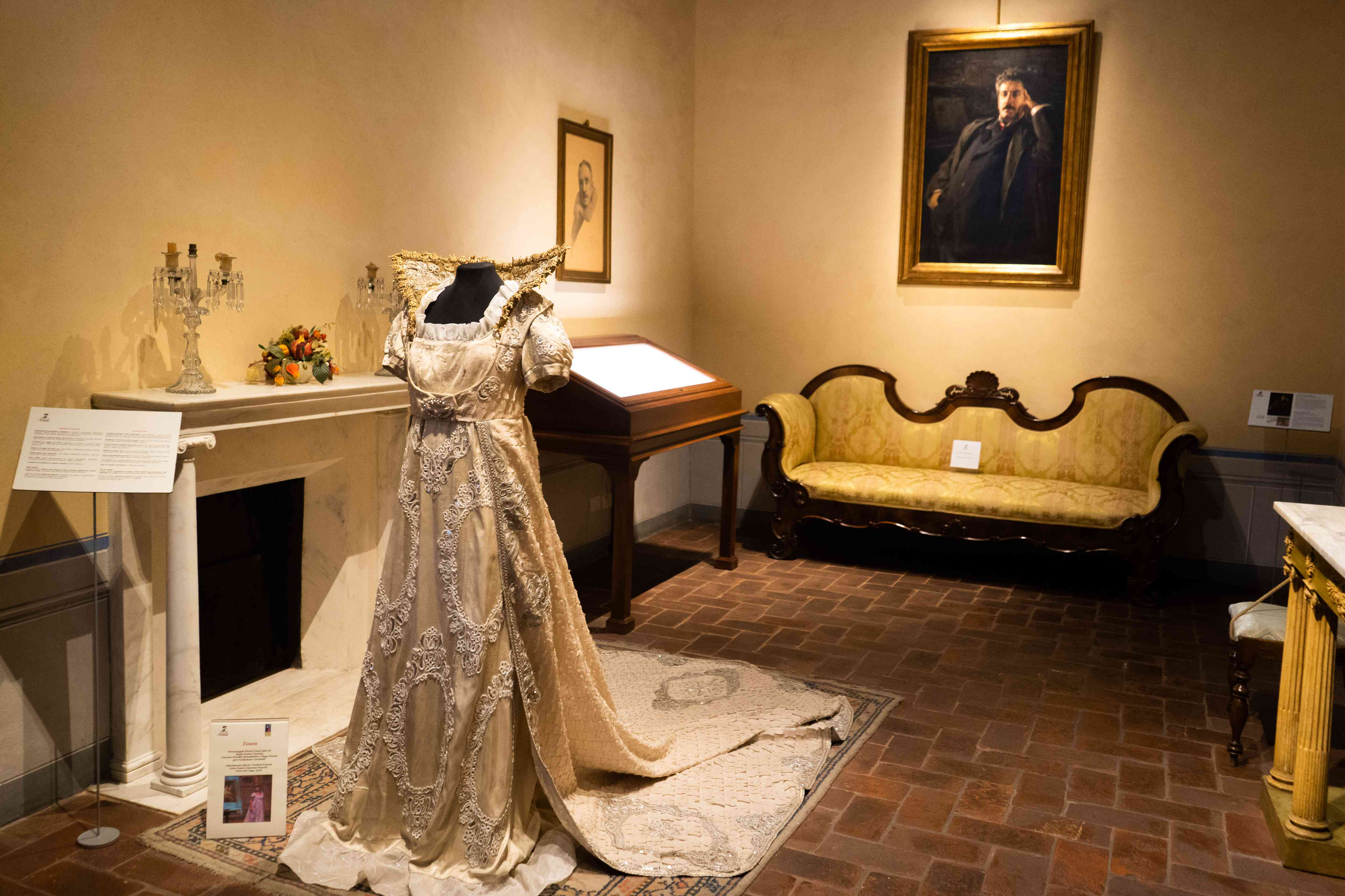 Exhibition room in the Puccini House Museum