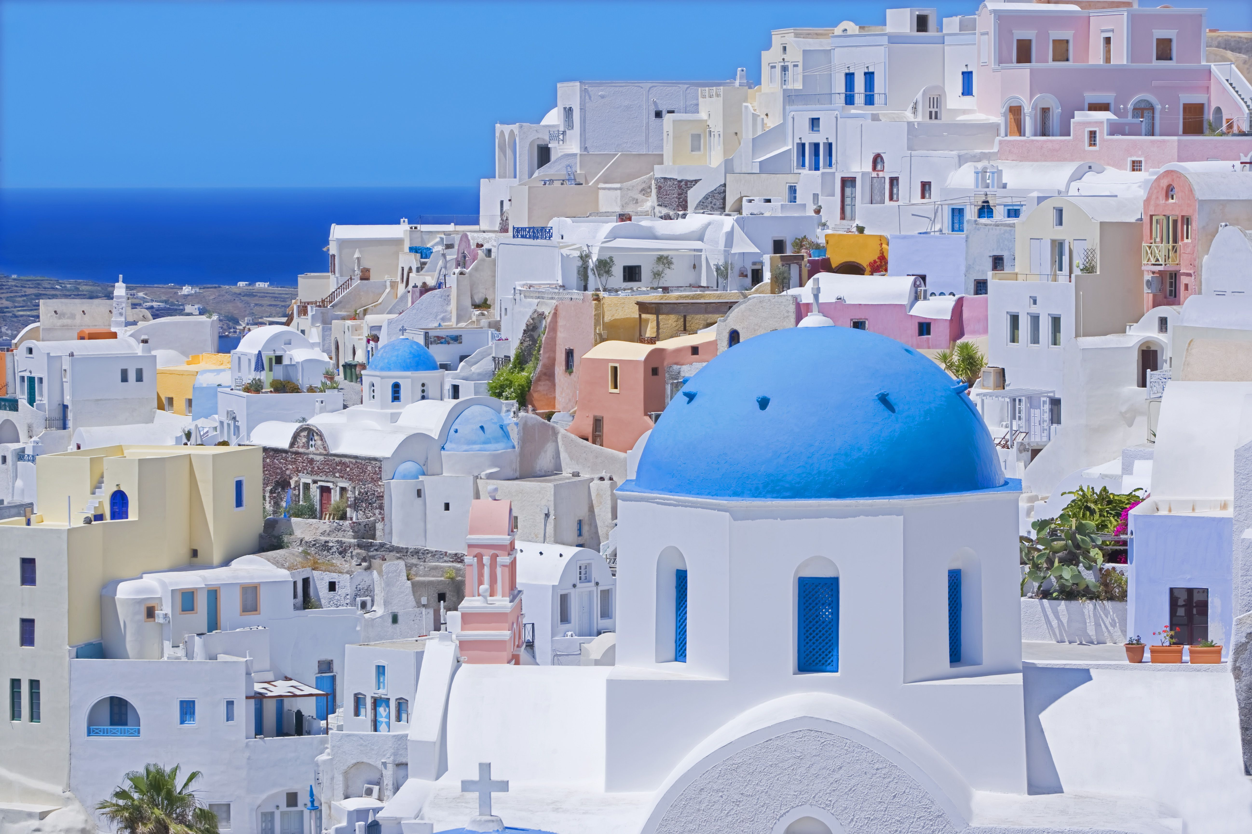A Complete Guide to the Towns of Santorini