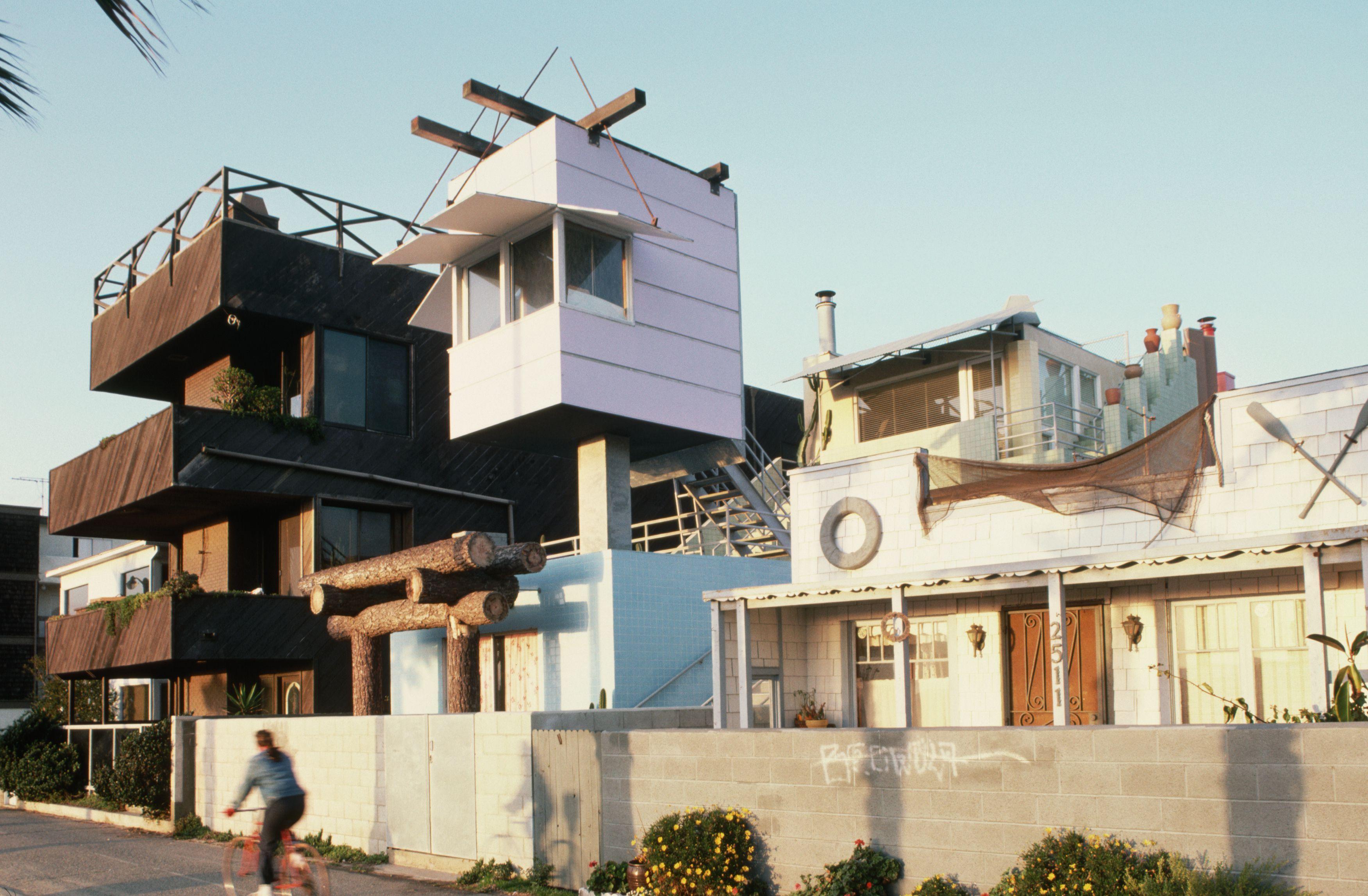 Venice Beach House by Frank Gehry