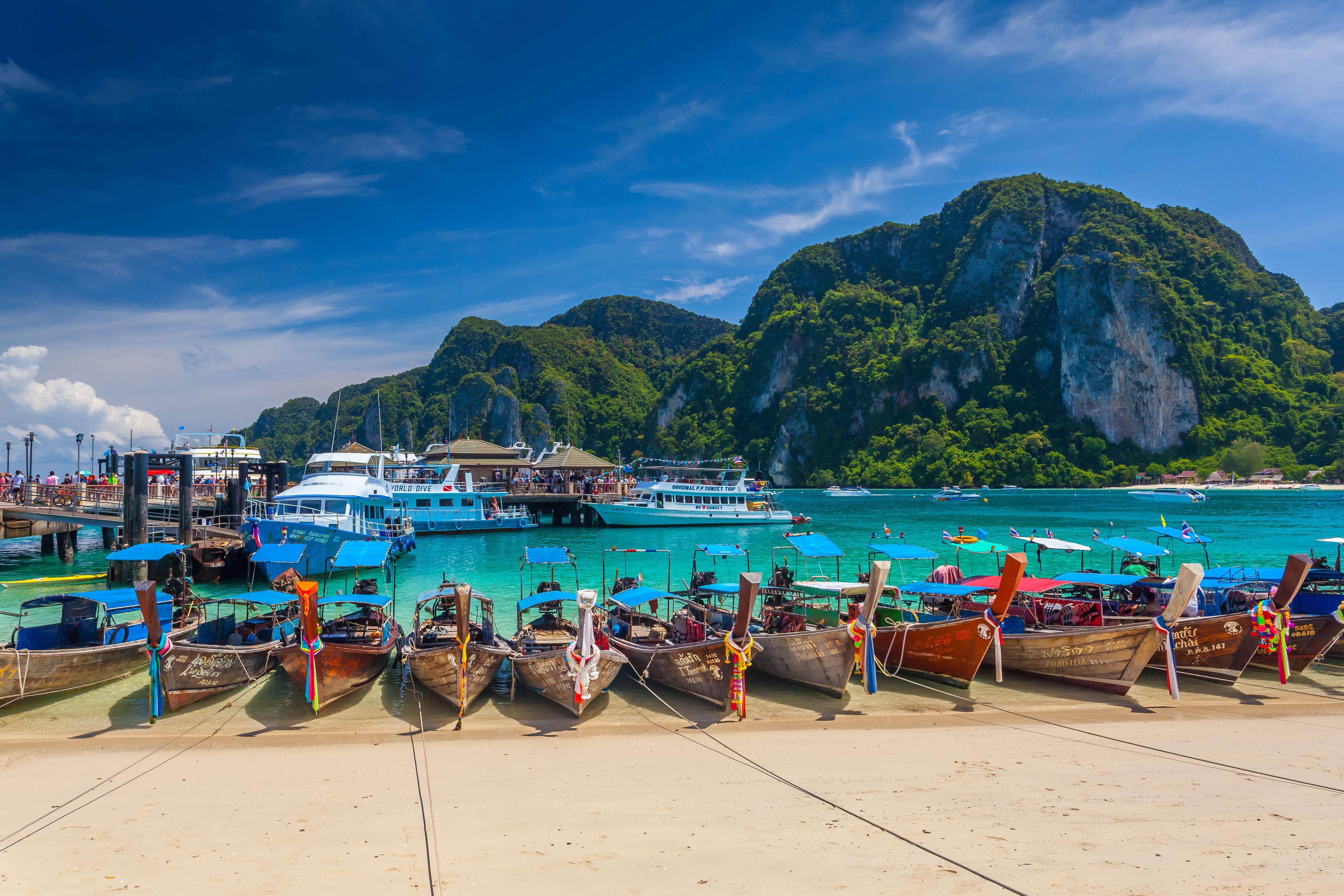 när ska man resa till thailand