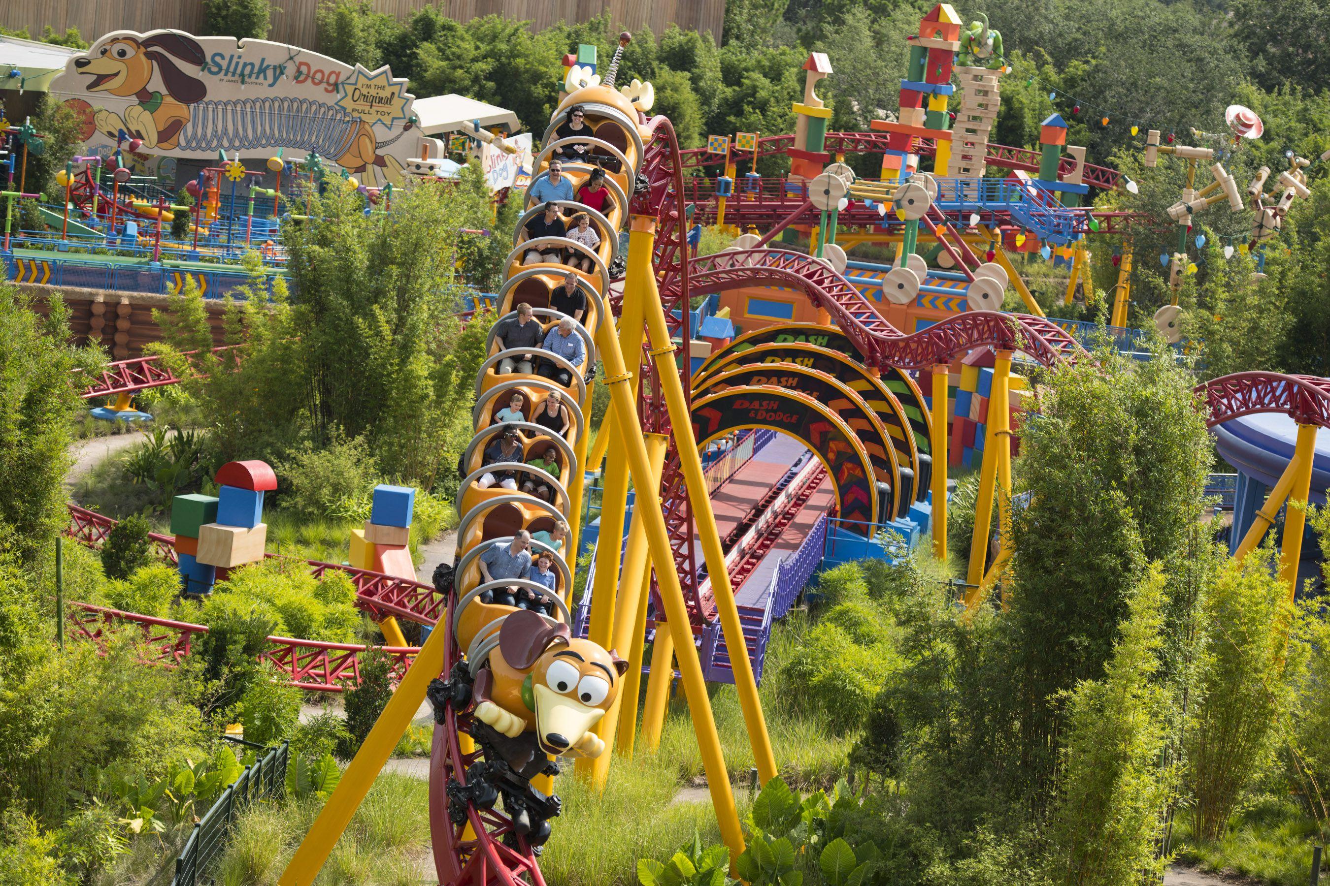 Montaña rusa Slinky Dog Dash en Disney World Toy Story Land