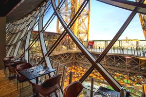 58 Tour Eiffel, an Eiffel tower restaurant on the first level