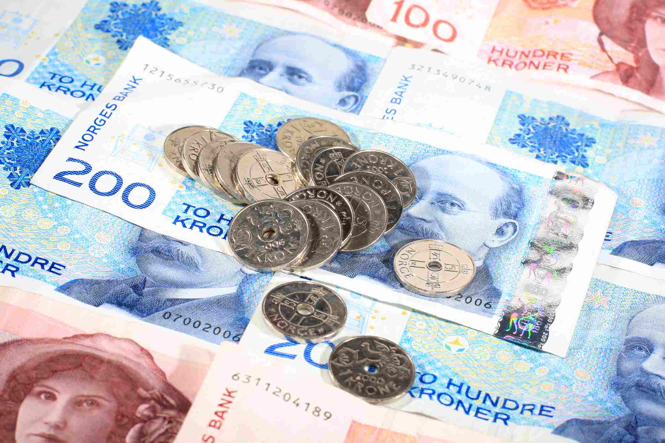 Norwegian Coins And Printed Currency