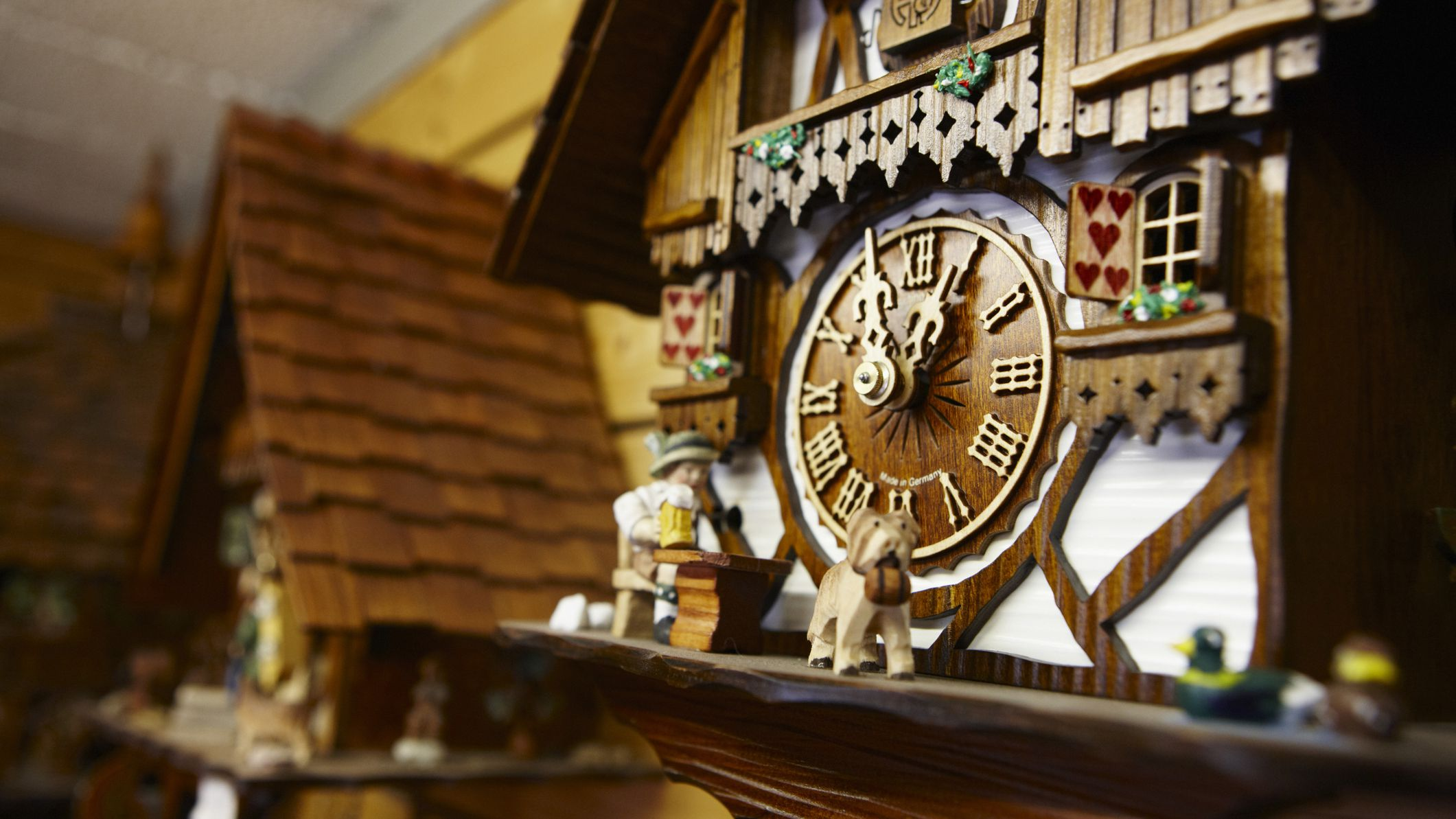 Clock worth cuckoo how my much is Antique Collectors