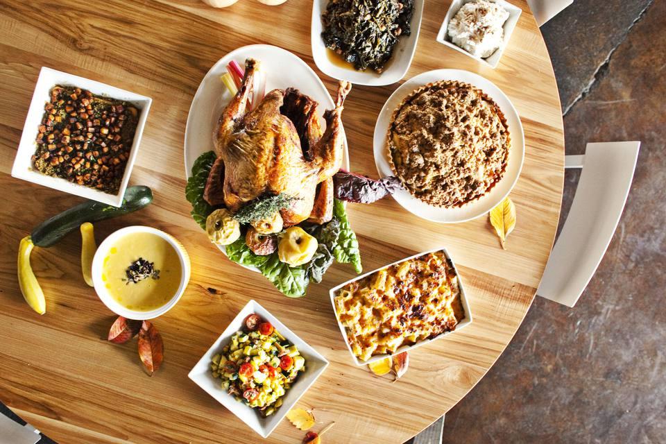 Thanksgiving-spread.Photo-credit-Heidi-Geldhauser.JPG