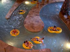 Great Wolf indoor waterpark picture