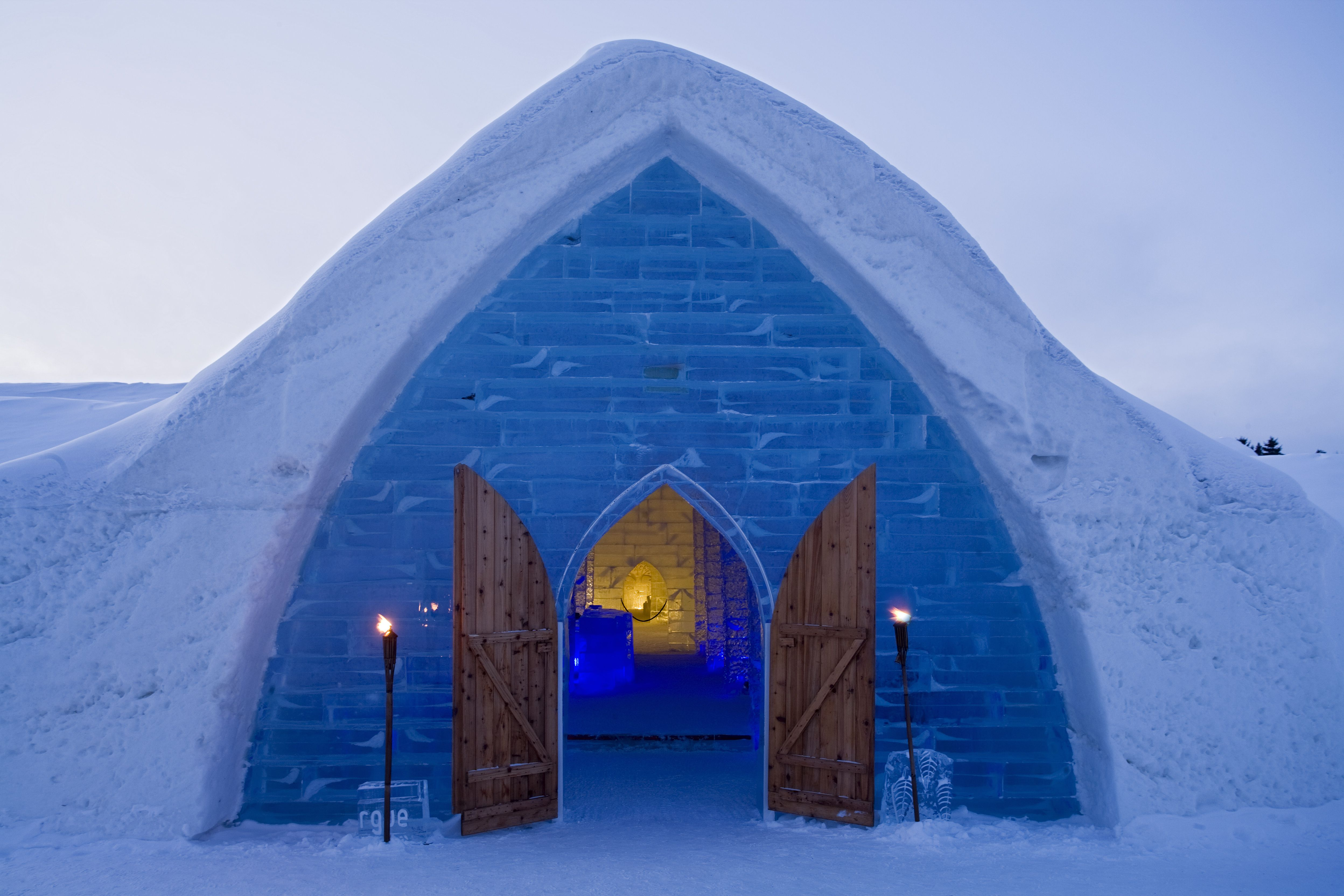 10 Weirdly Wonderful Places To Stay In Canada
