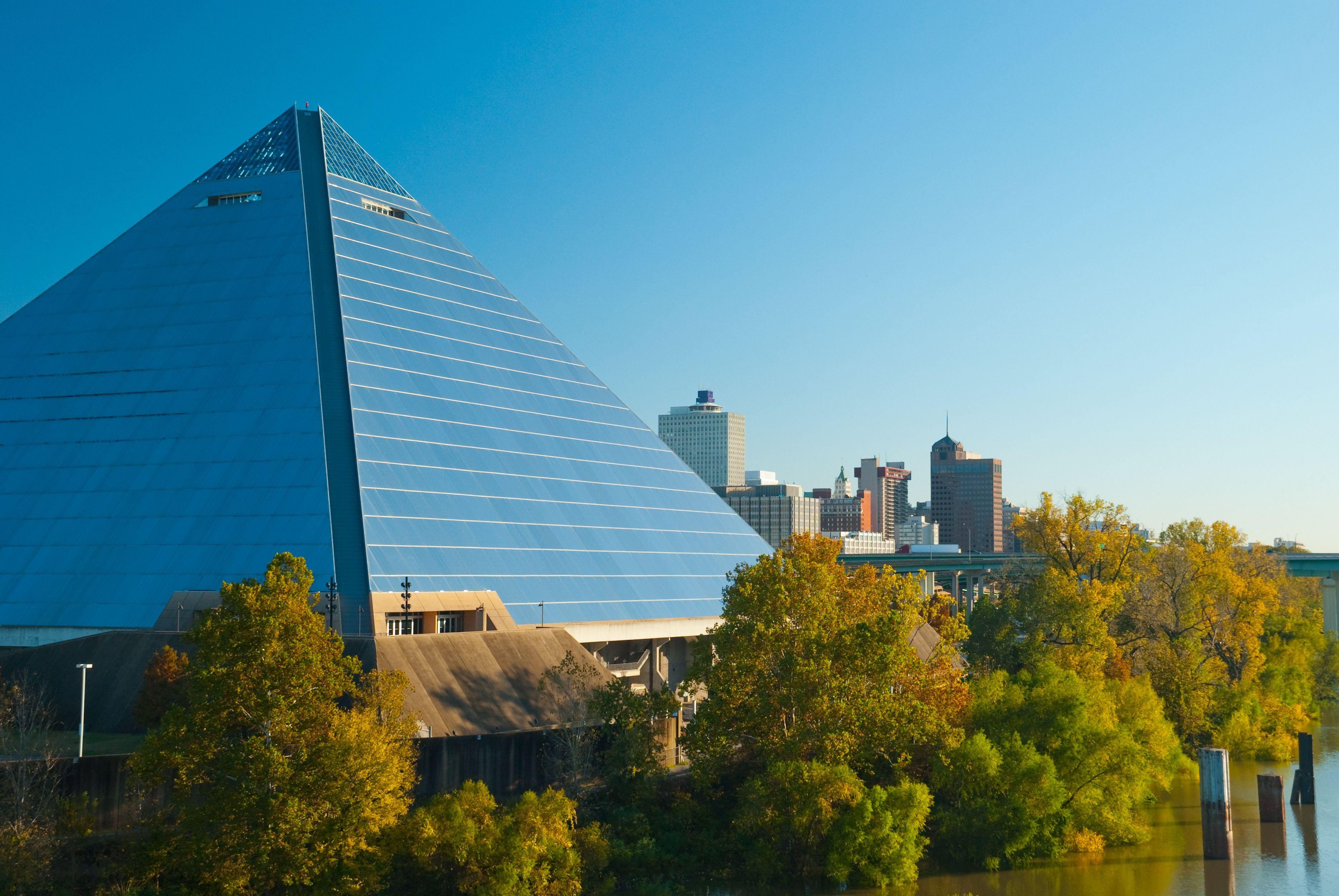 Memphis skyline and pyramid closeup A closer view of the Memphis skyline with the Pyramid Arena to the side.
