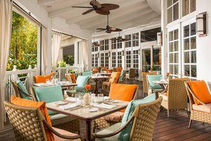 Essensia patio dining room