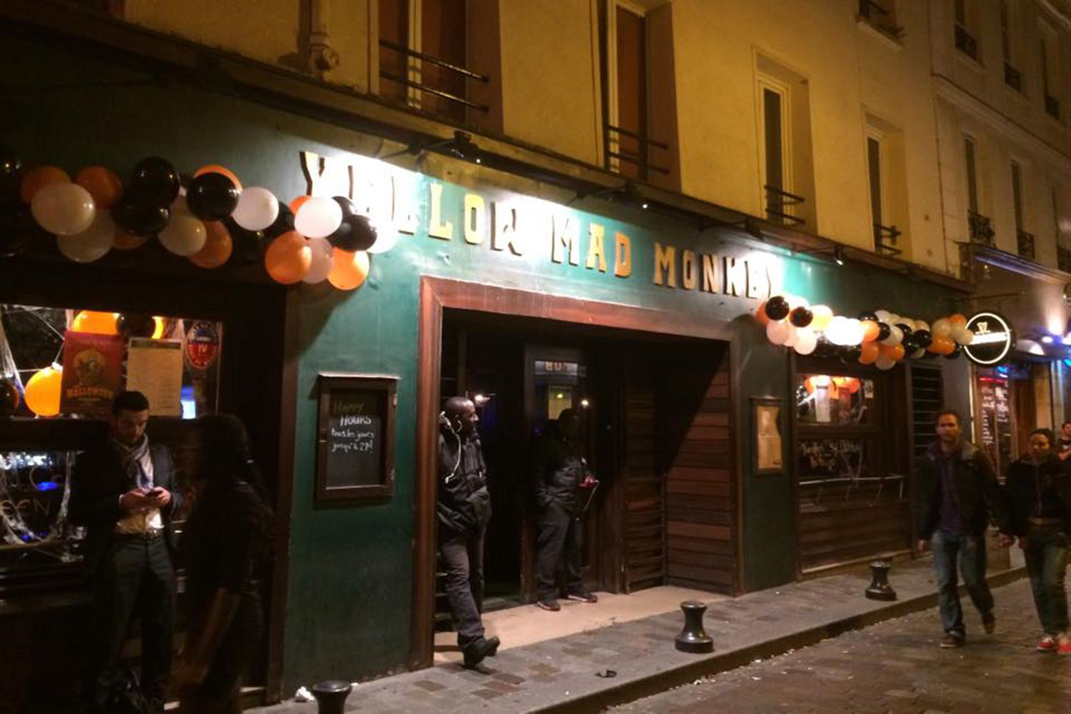 the best student friendly bars in paris
