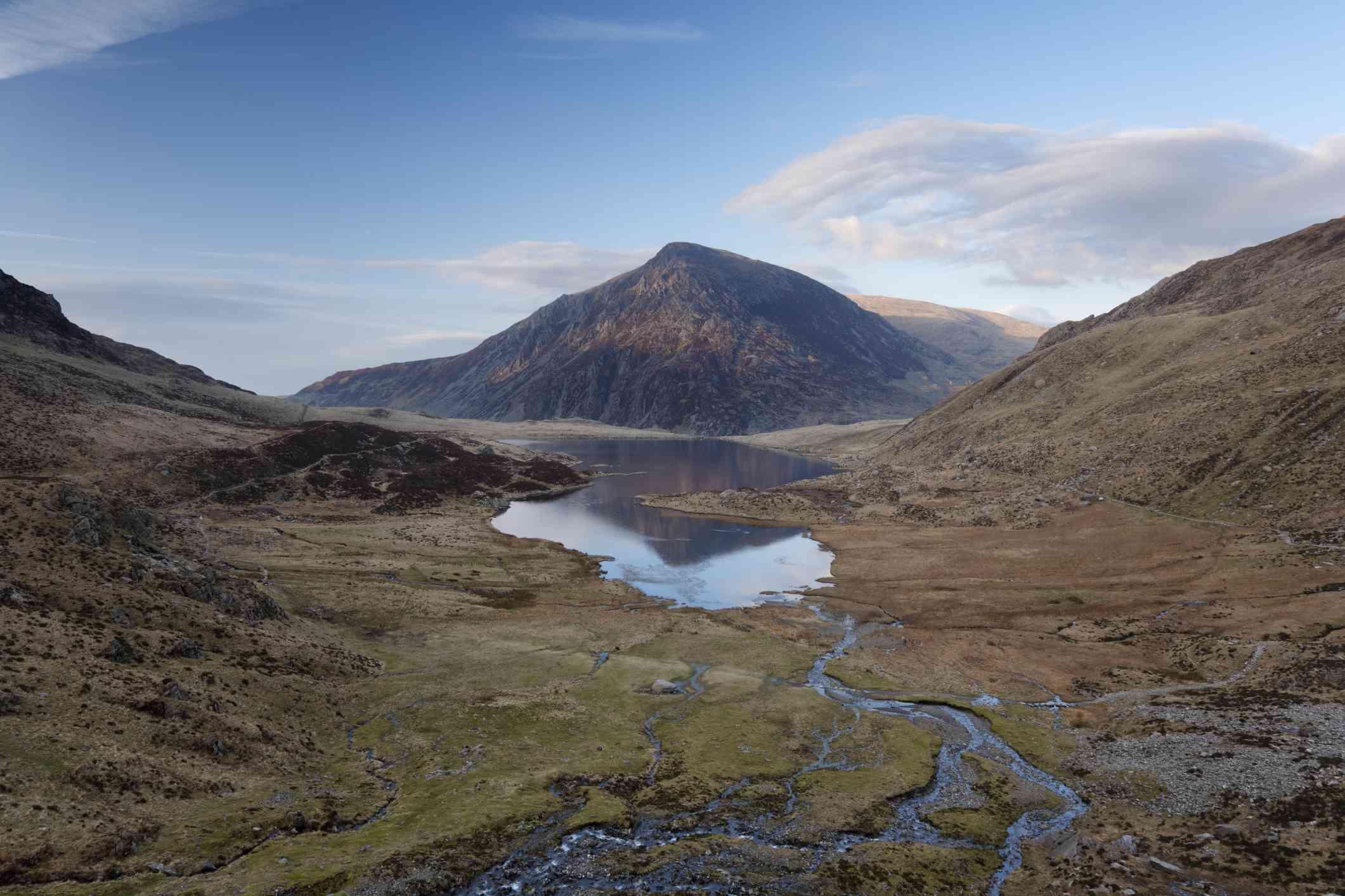 Llyn Idwal lake and Pen yr Ole Wen mountain in Snowdonia