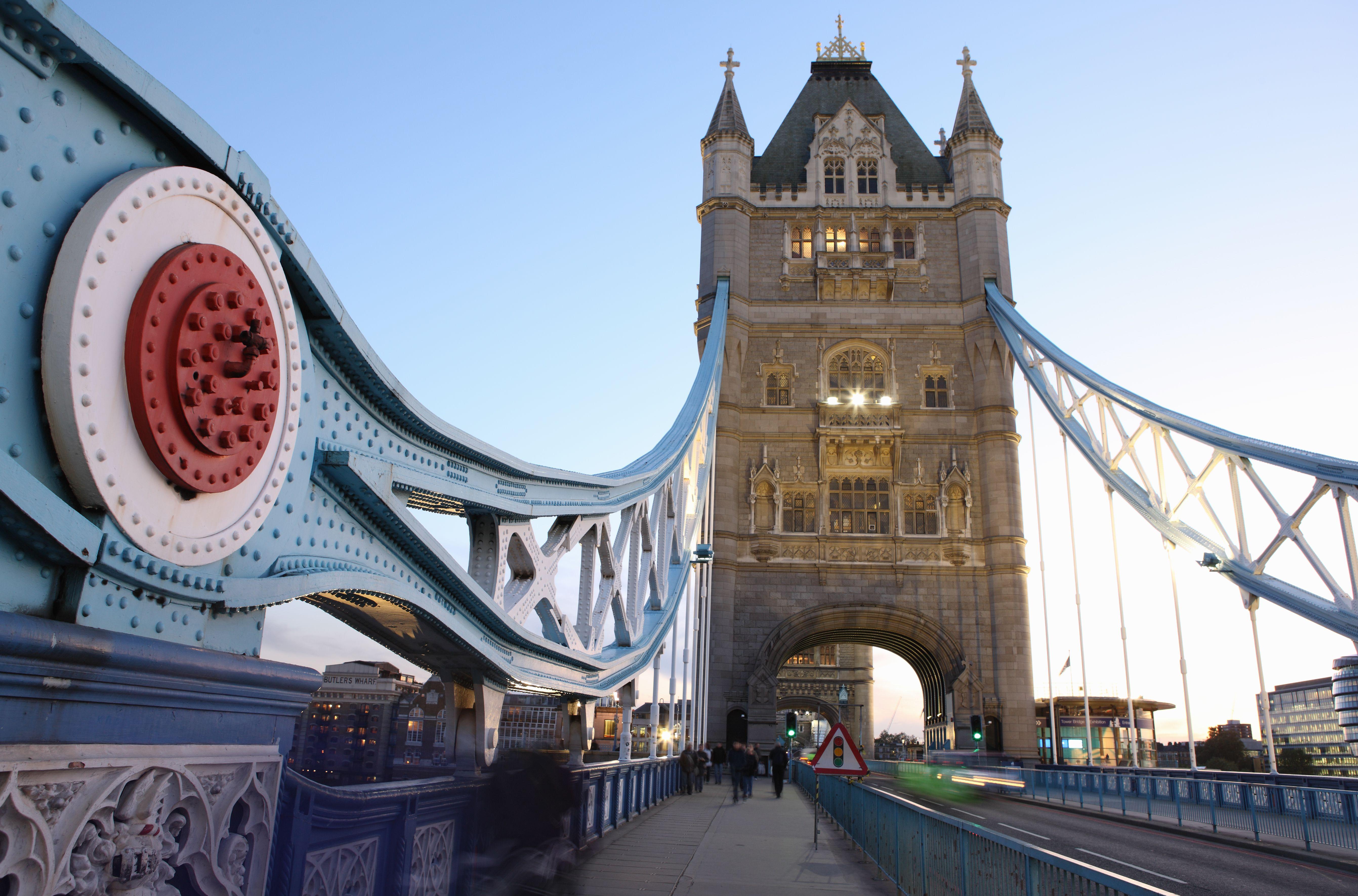 England, London, Tower Bridge Sidewalk, at Dusk