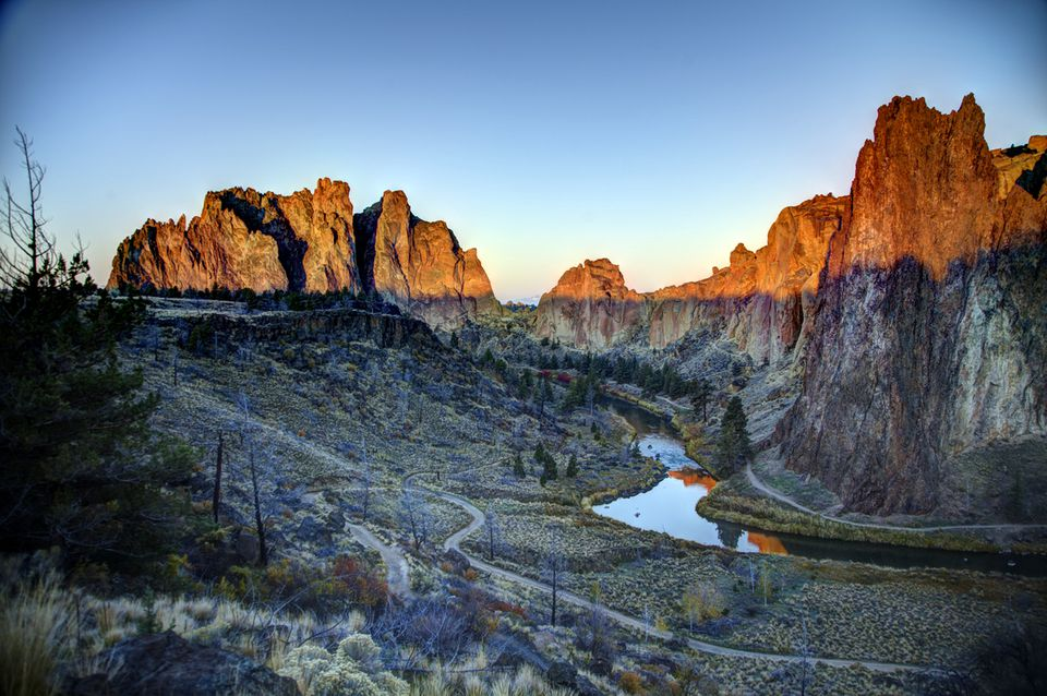 Smith Rock, Oregon - Morning Glory