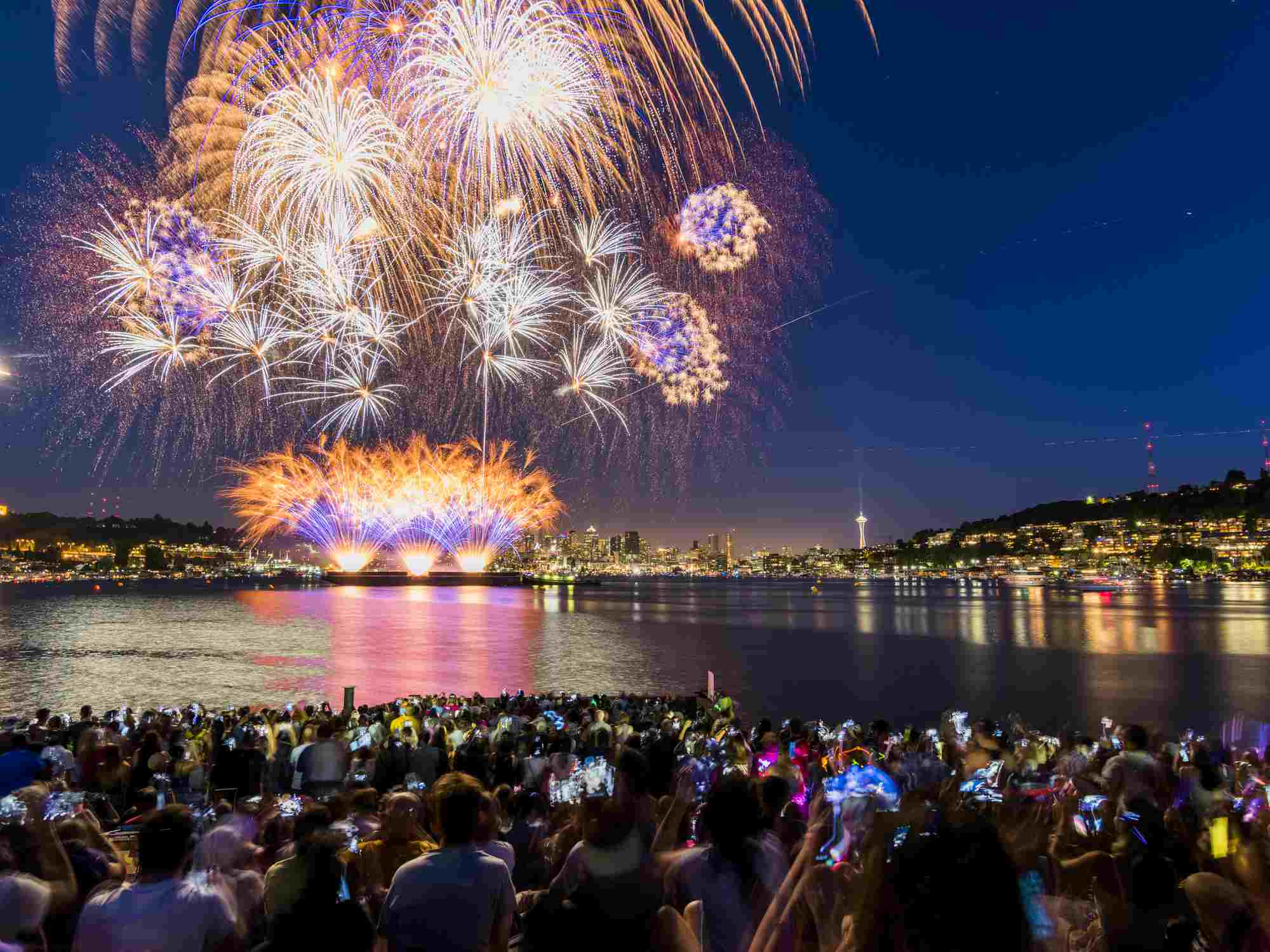 Fireworks Lake Union Seattle