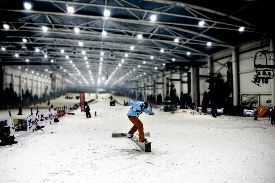 snowzone-madrid-Snowticias.com-56f03fc23df78ce5f83abdf3 Where Are the Best Places to Go Skiing in Spain?