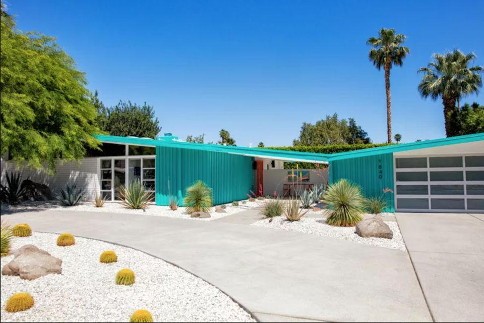 The Mid-Century Modern Design in Palm Springs