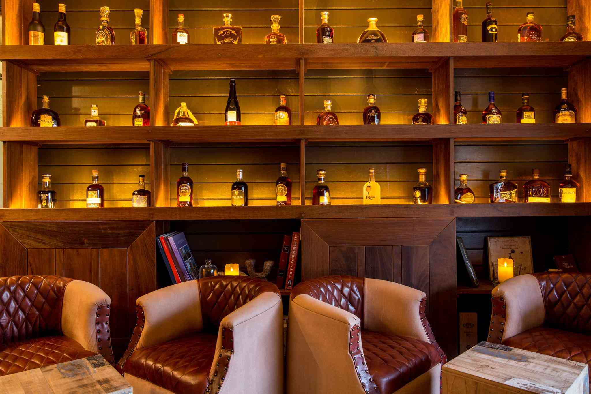 Le Pressoir's rum and cigar lounge