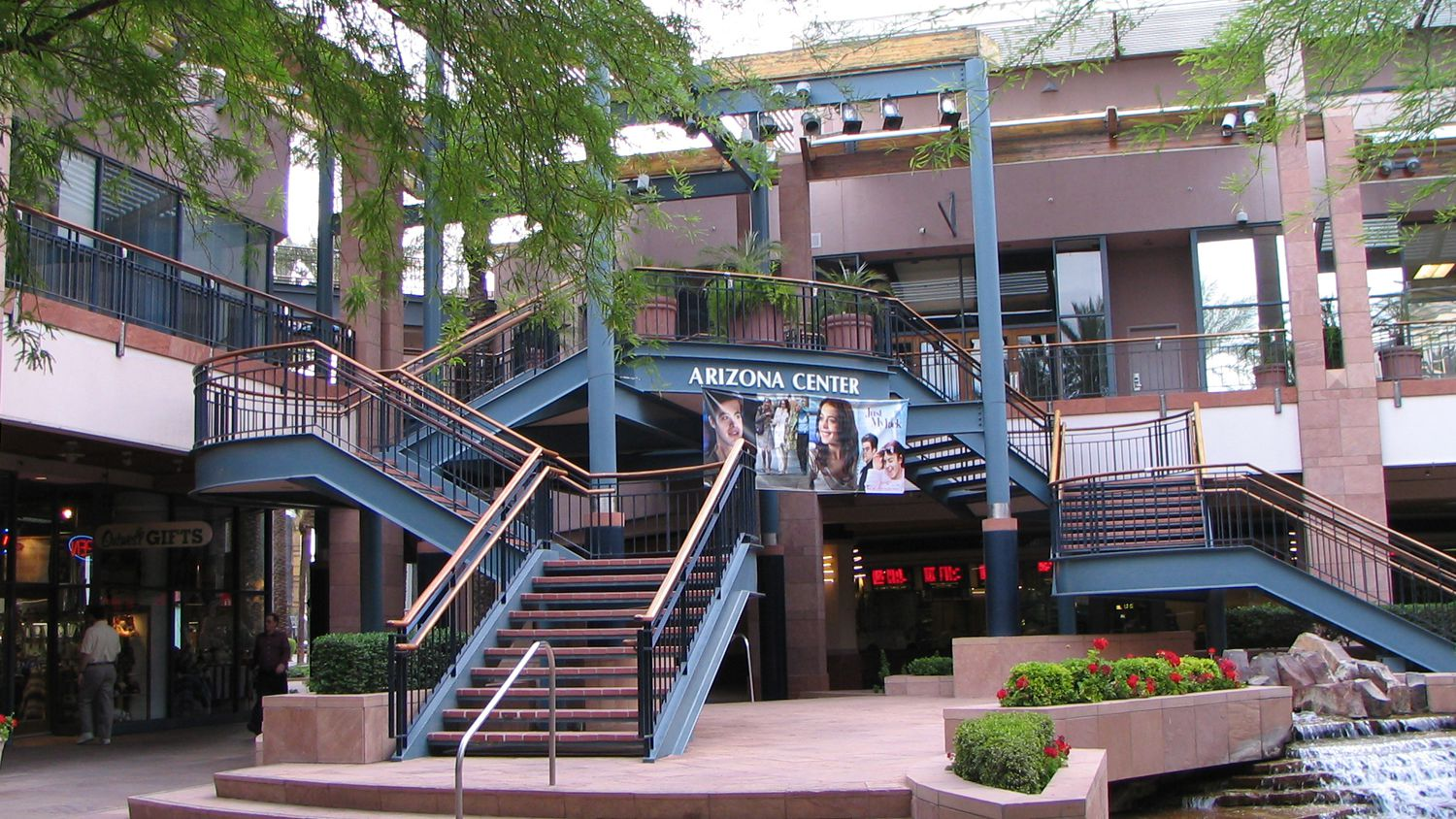 Ping And Dining In Downtown Phoenix