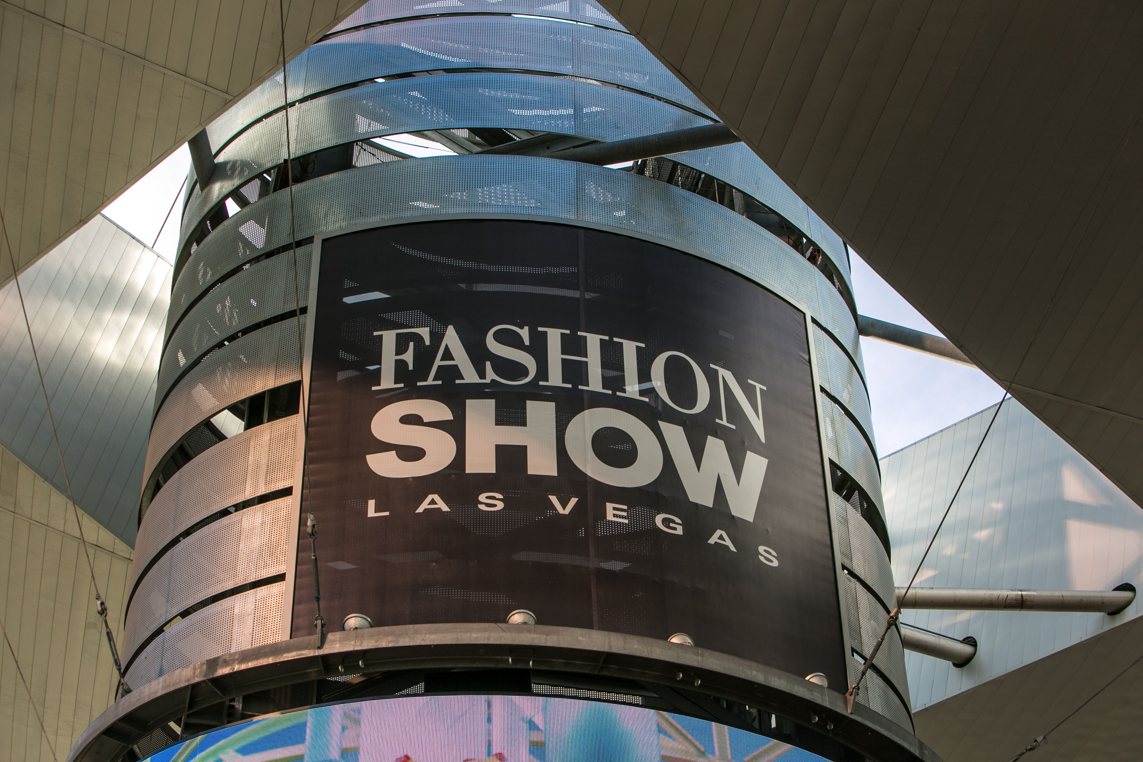 fashion show shopping mall las vegas