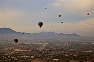 Hot air balloons over Teotihuacan