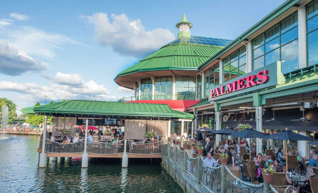 Waterfront outdoor seating at Palmers Fresh Grill in Lexington