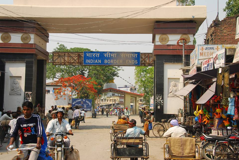 India Nepal Sunauli Border Crossing Tips