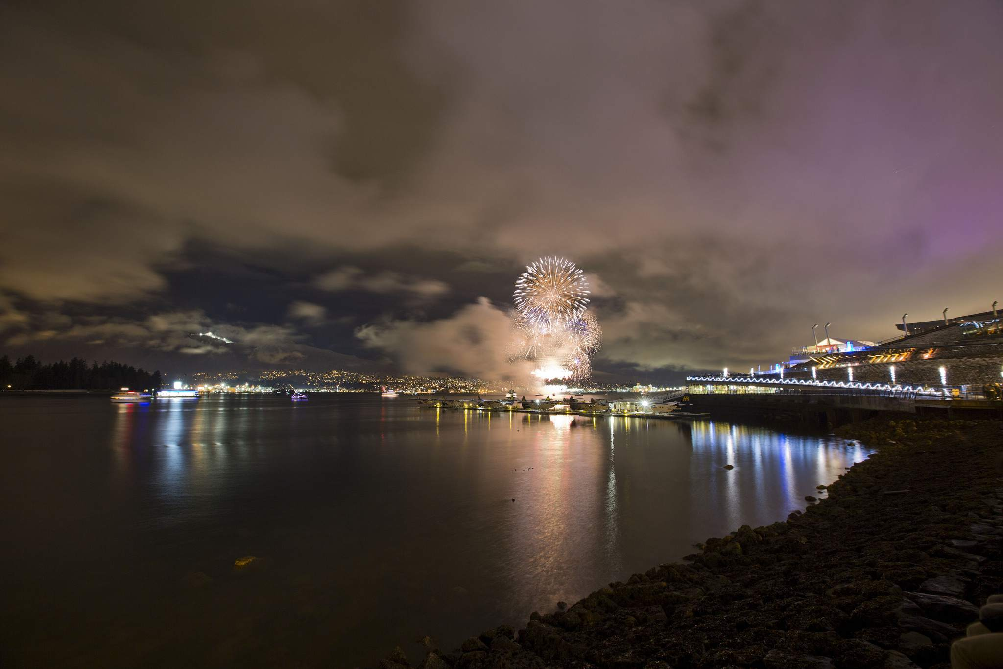 2017 New Year's Eve Vancouver Fireworks