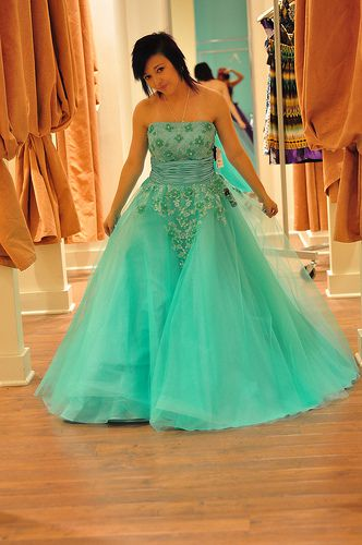 Where to Find Prom Dresses in Sacramento