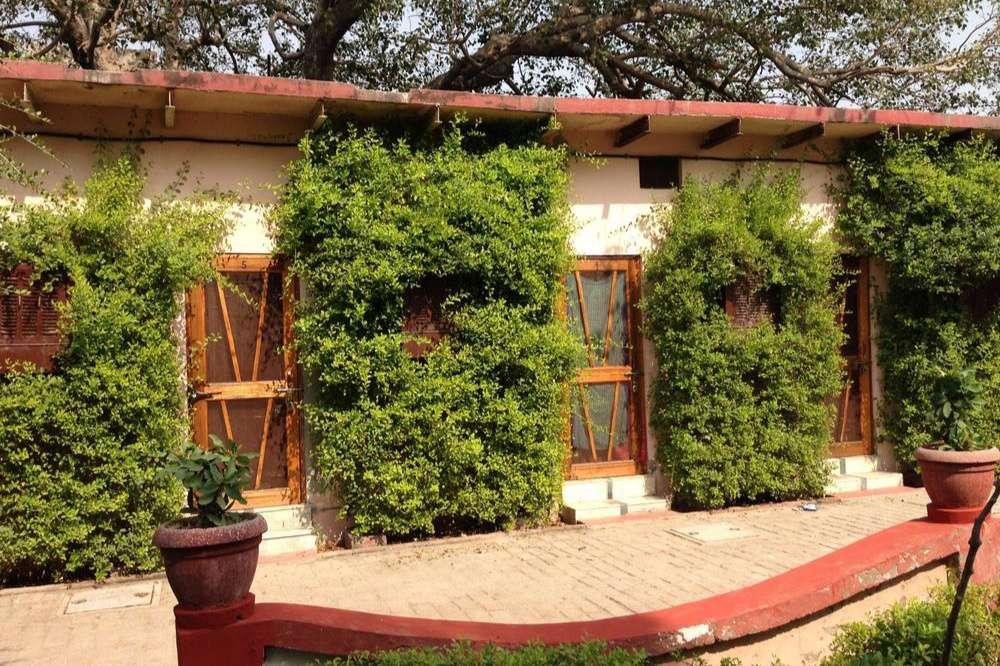 Munger Mandir Guest House