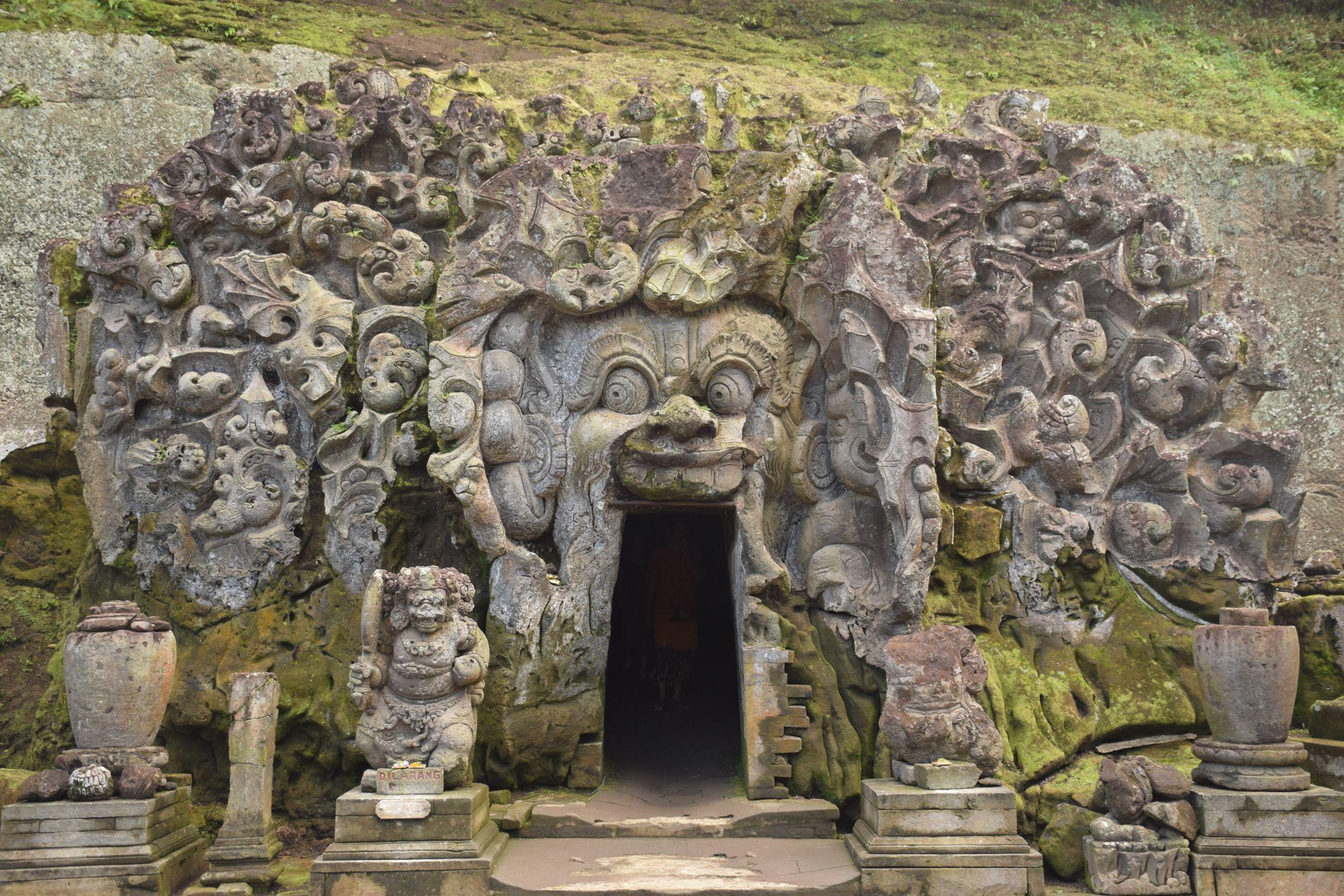 Goa Gajah Near Ubud Bali The Eerie Elephant Cave