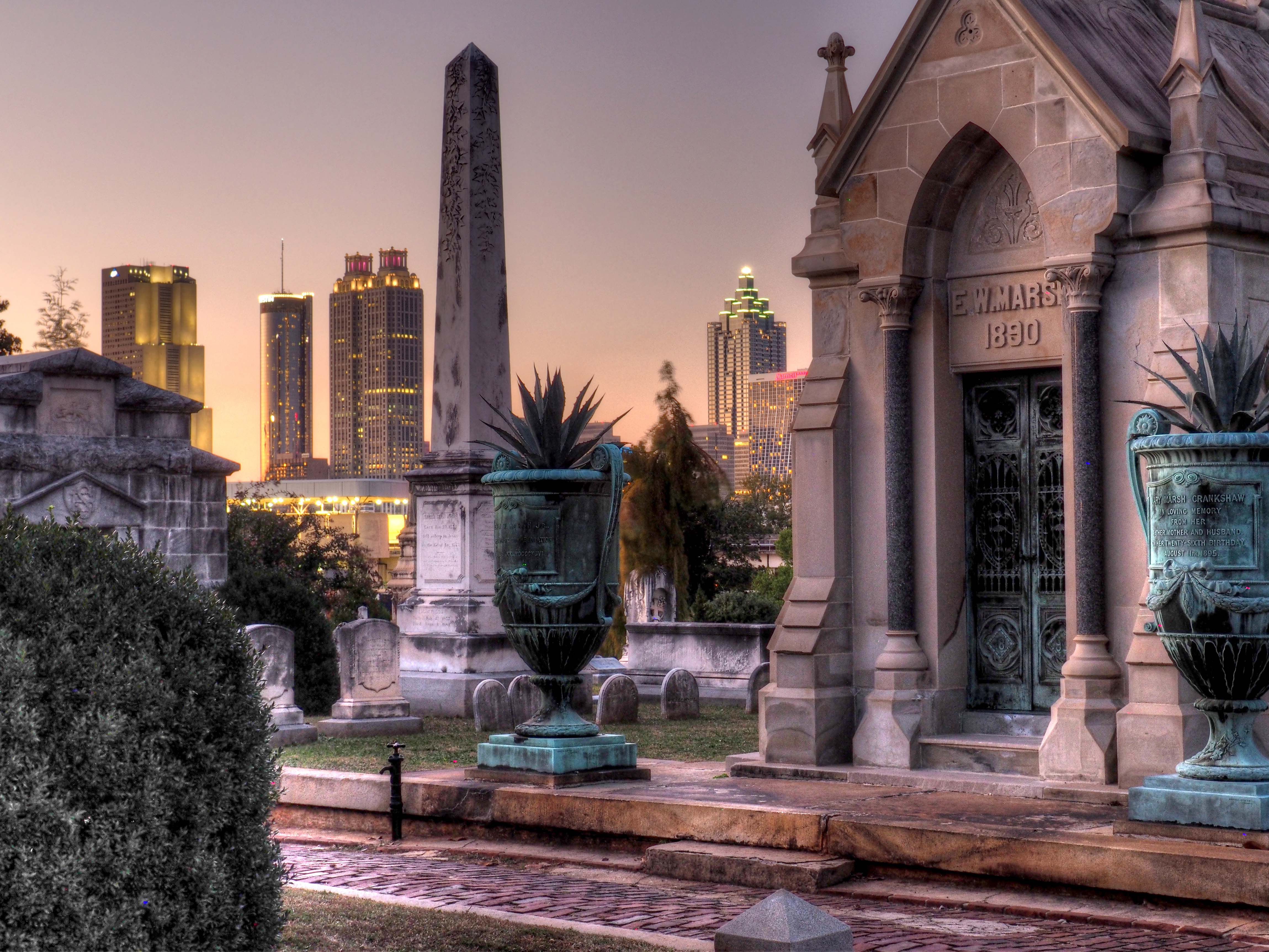 the most haunted places in atlanta