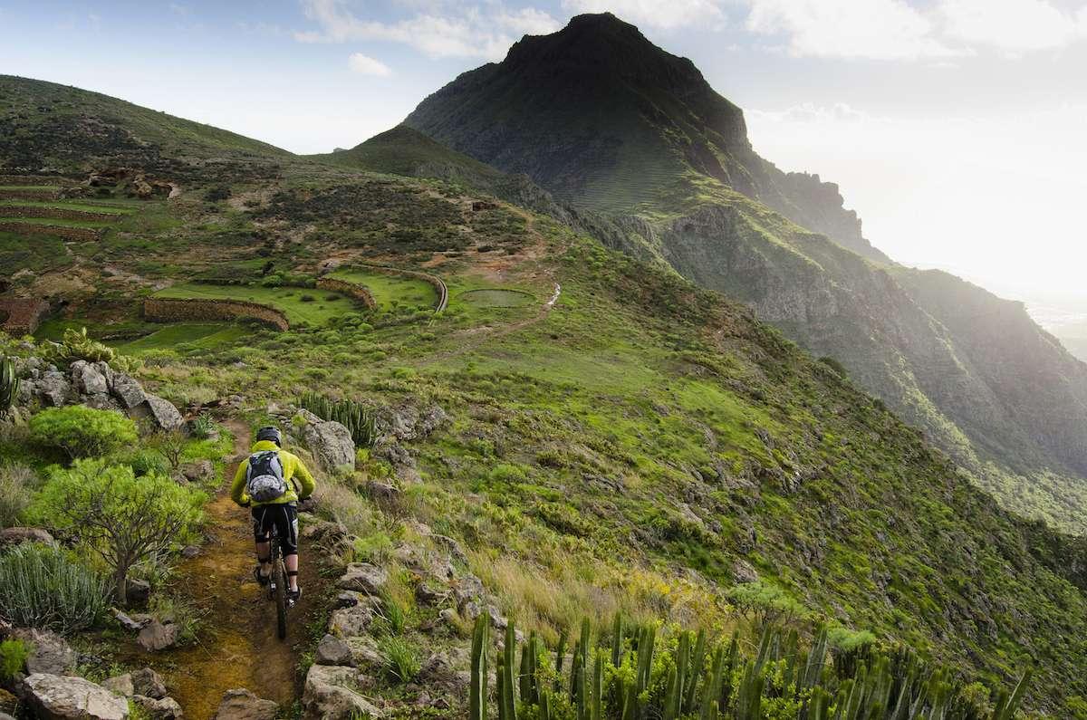 mountain biking canary islands