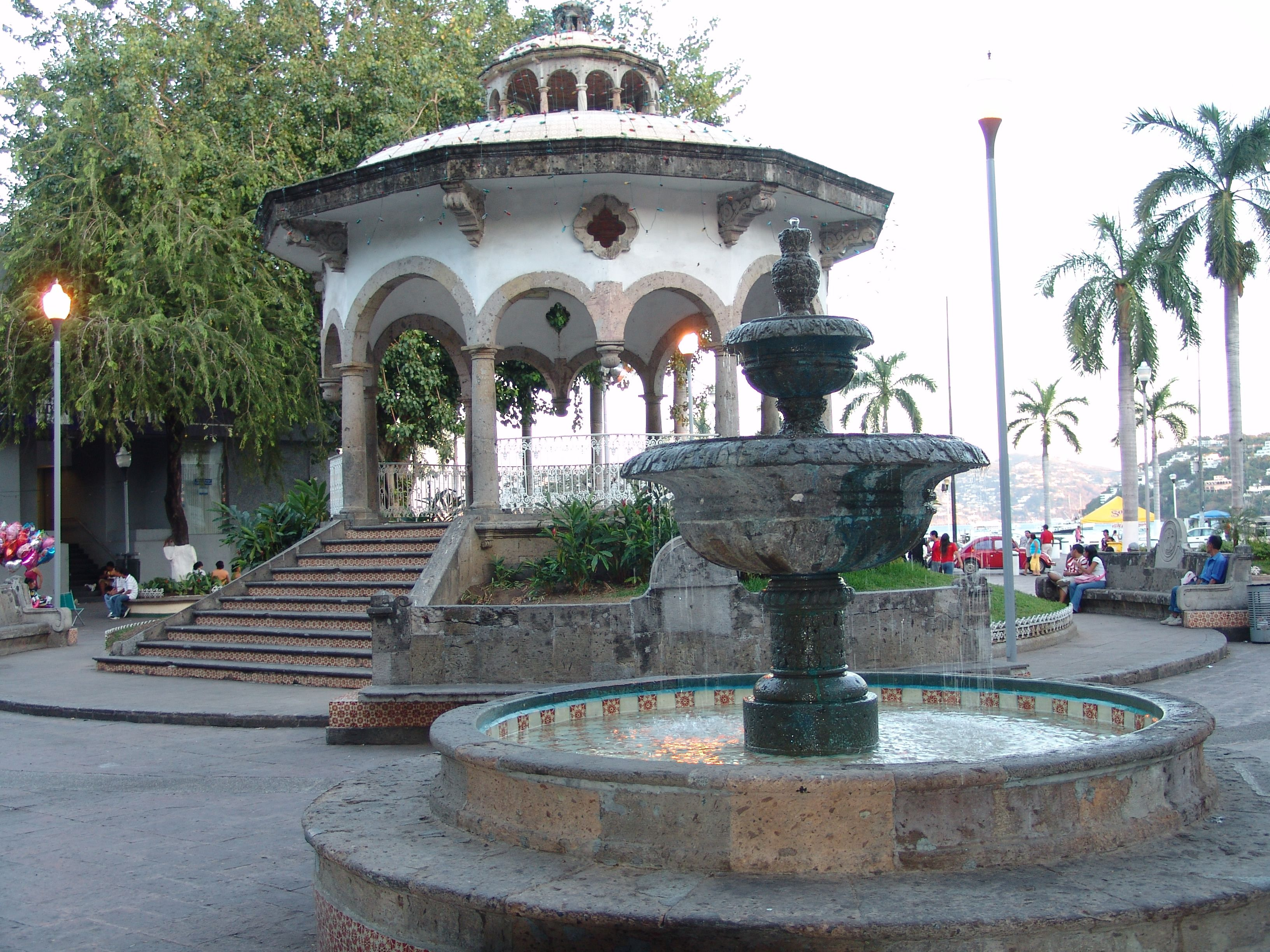 Acapulco's main square, the Zocalo