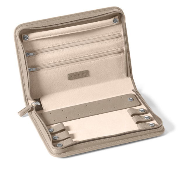 The 7 Best Travel Jewelry Cases Of 2020