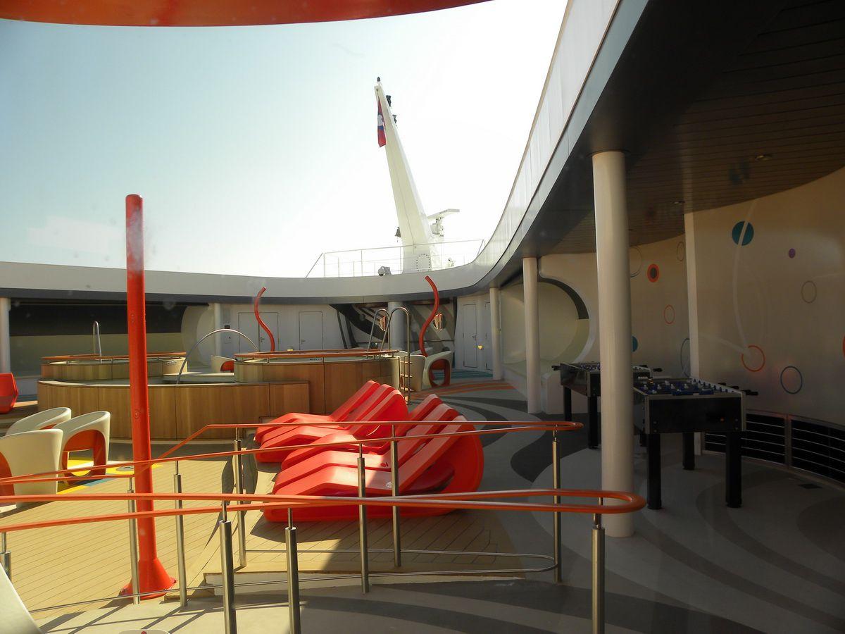 Disney Dream - Vibe Teen Club Private Outdoor Deck Area