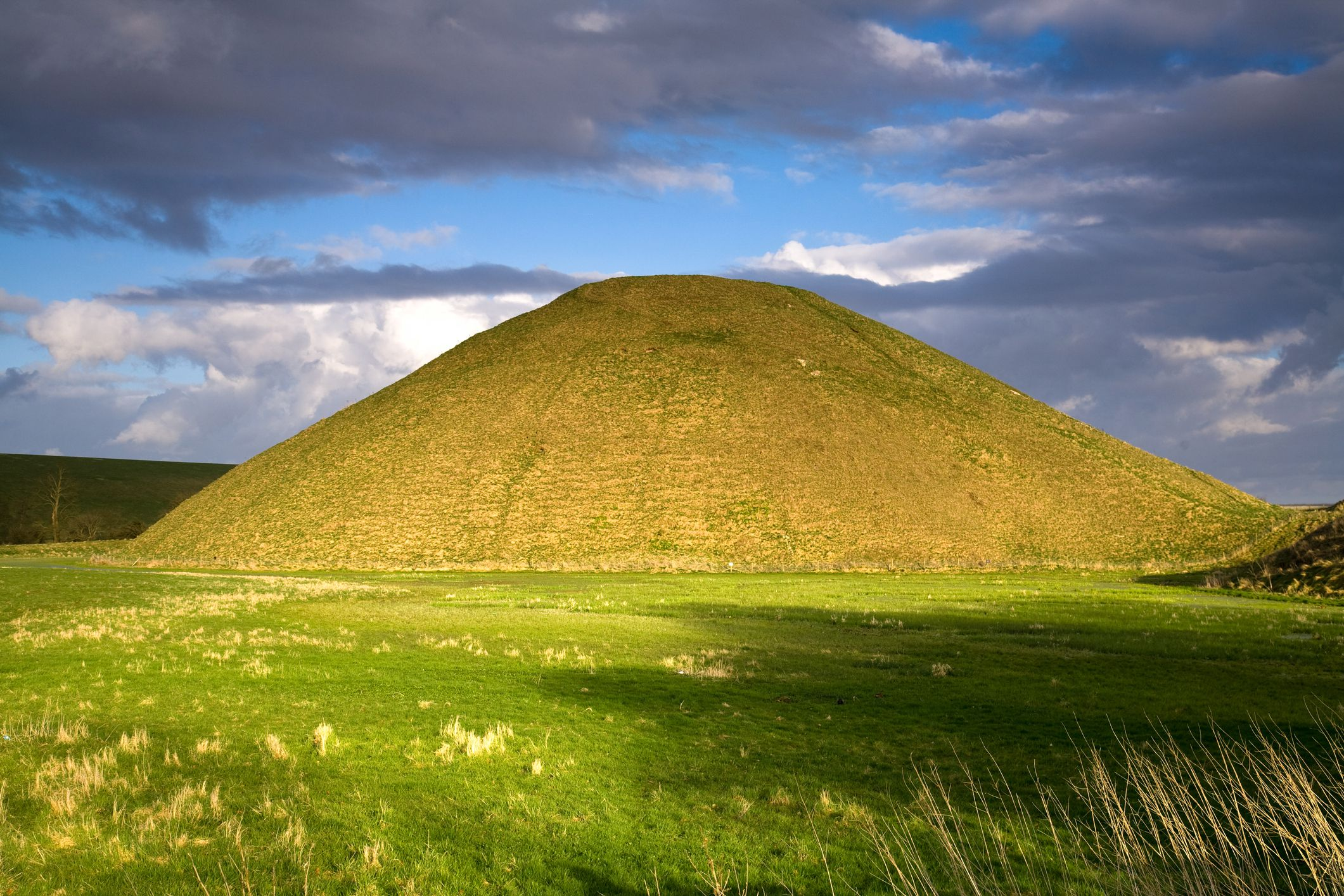 Go To Go Insurance >> Silbury Hill, Wiltshire: The Complete Guide