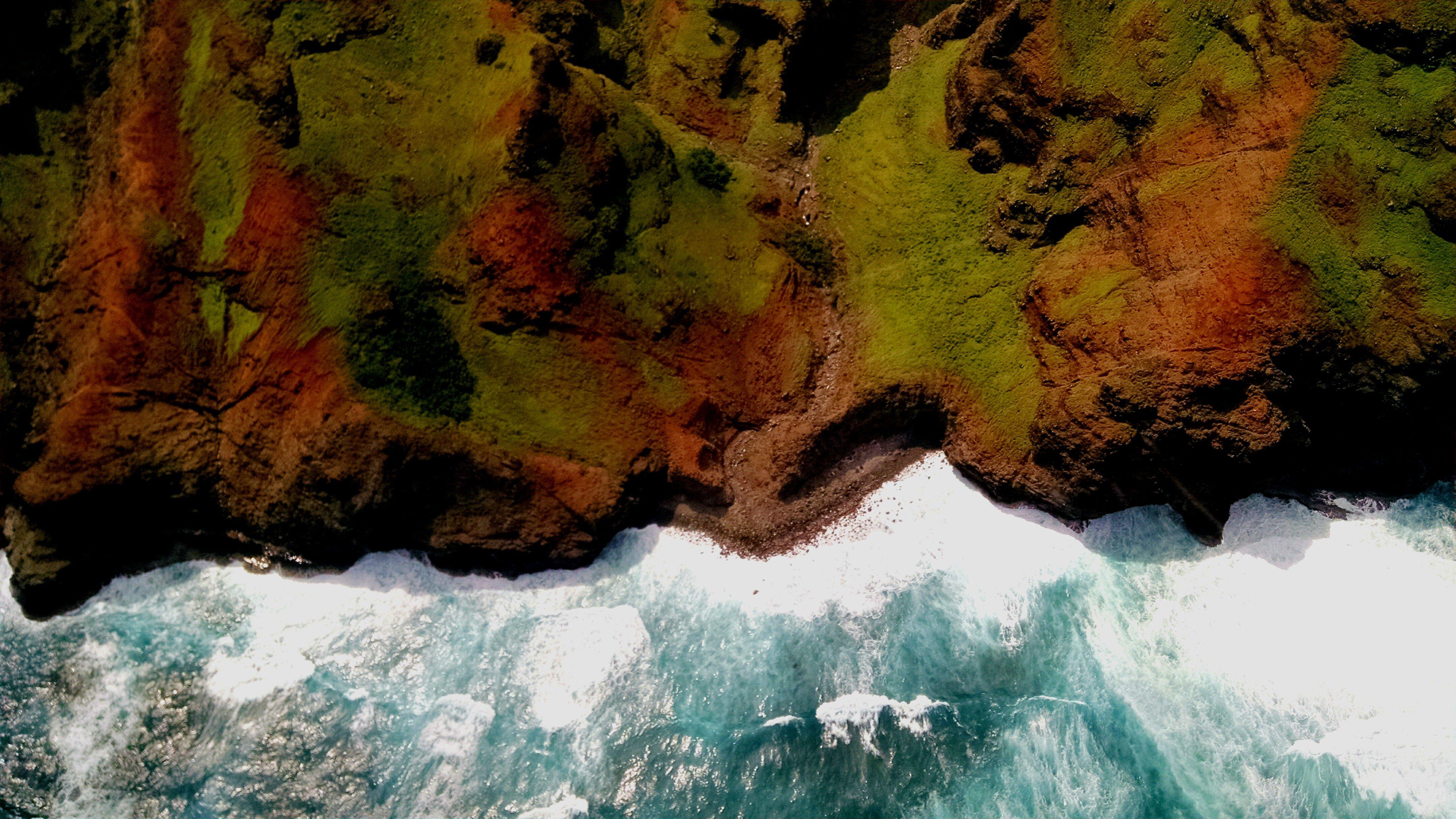 Costa de Napali, desde un recorrido en helicóptero por la isla