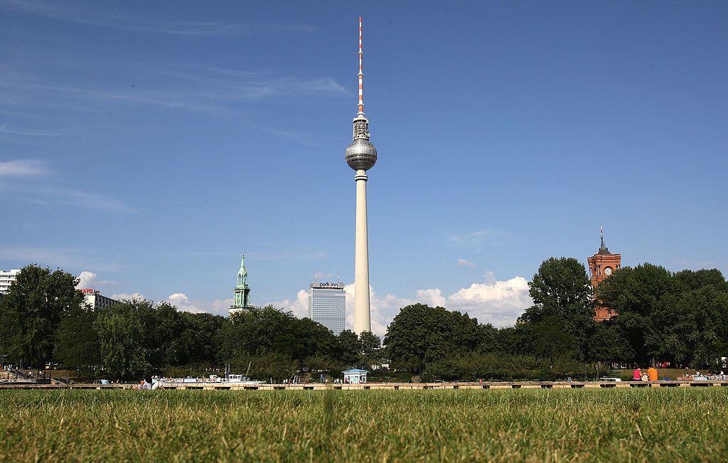 Berlin's highest building, the television tower, Berliner Fernsehturm