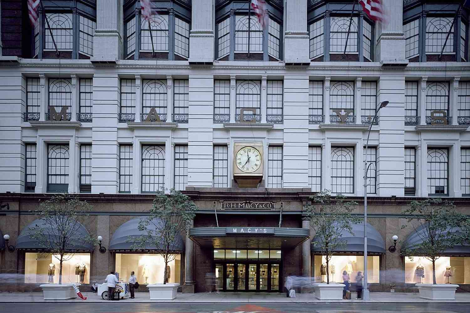 7 Famous New York City Department Stores