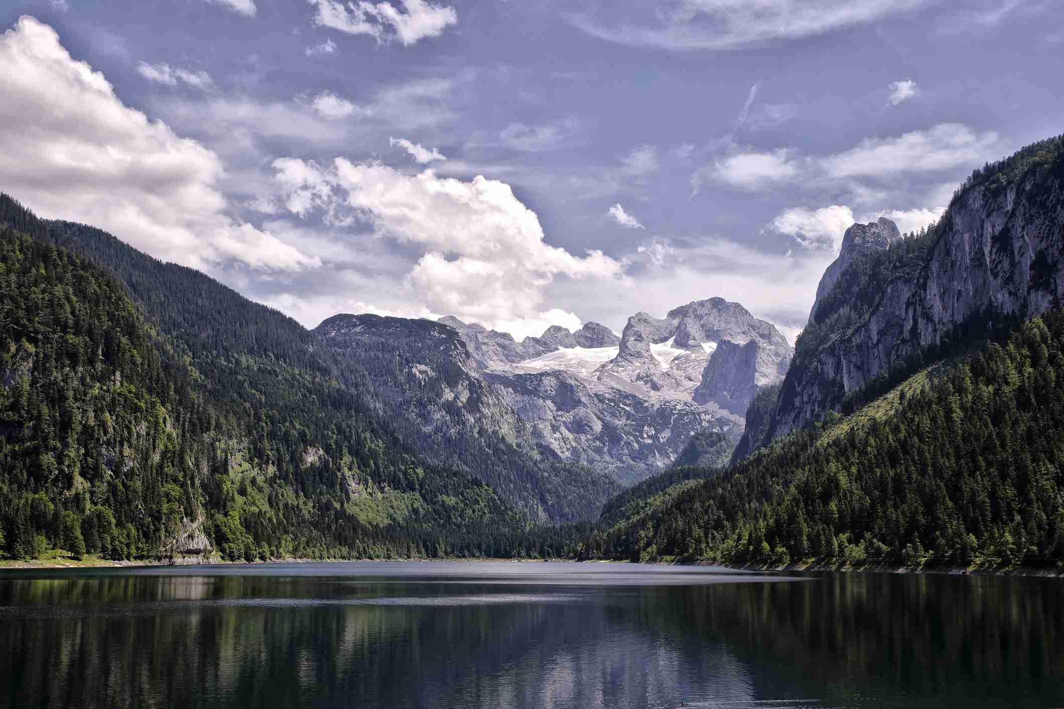 Lake Vorderer Gosausee, Austria