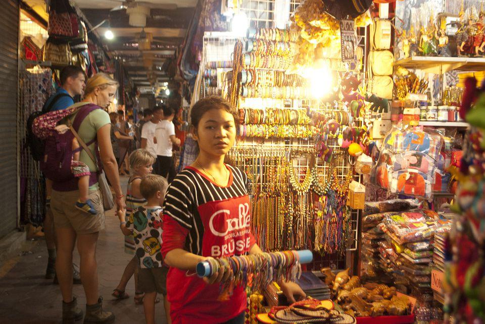 Souvenir seller, Old Market, Siem Reap, Cambodia