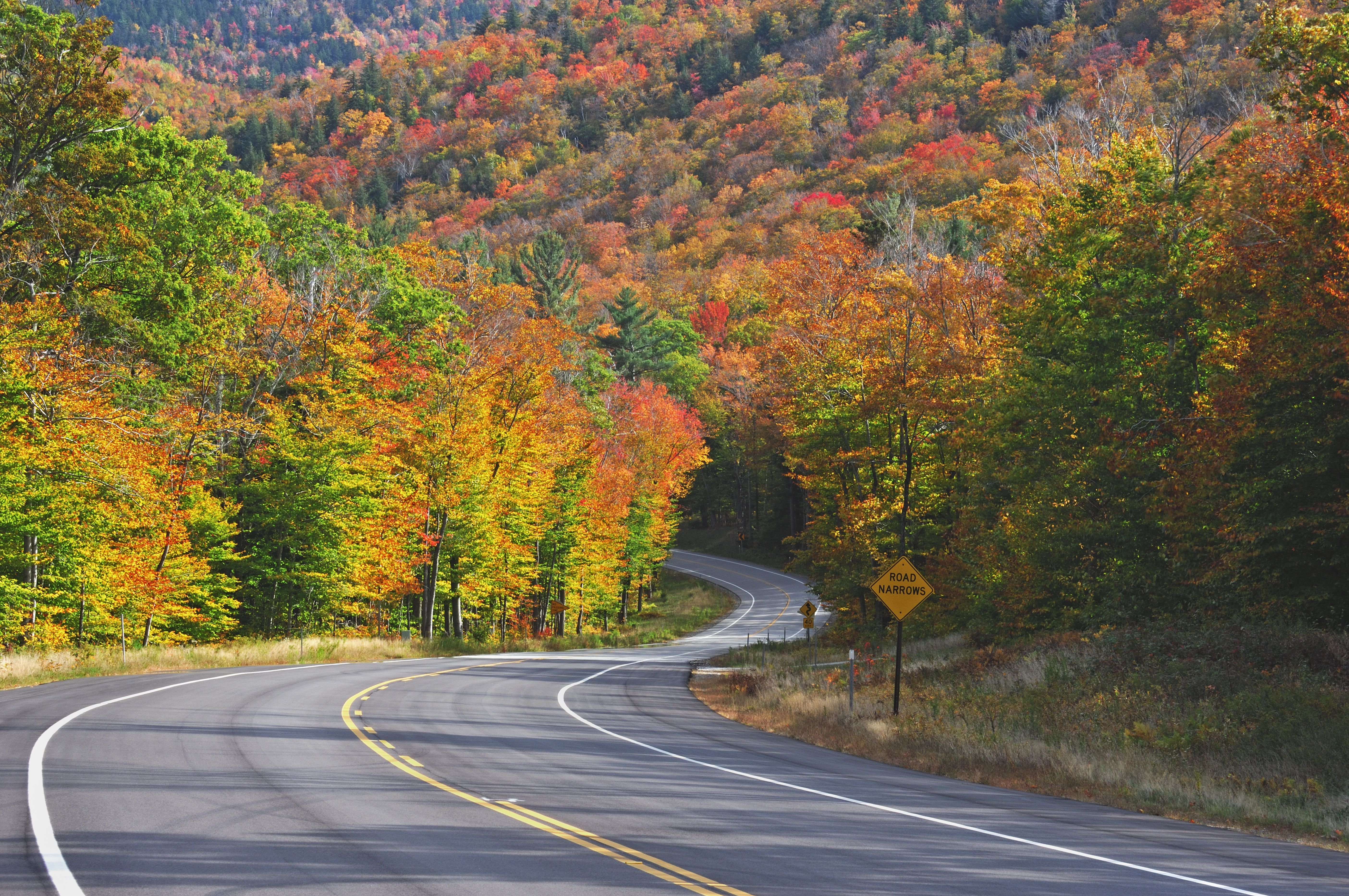 Kancamagus Highway in autumn , White Mountain National Forest , New Hampshire ,