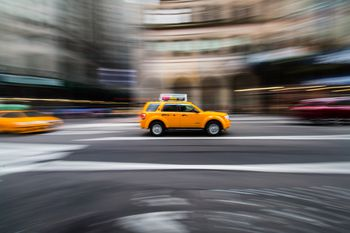 How to Hail and Ride in NYC Taxi Cabs