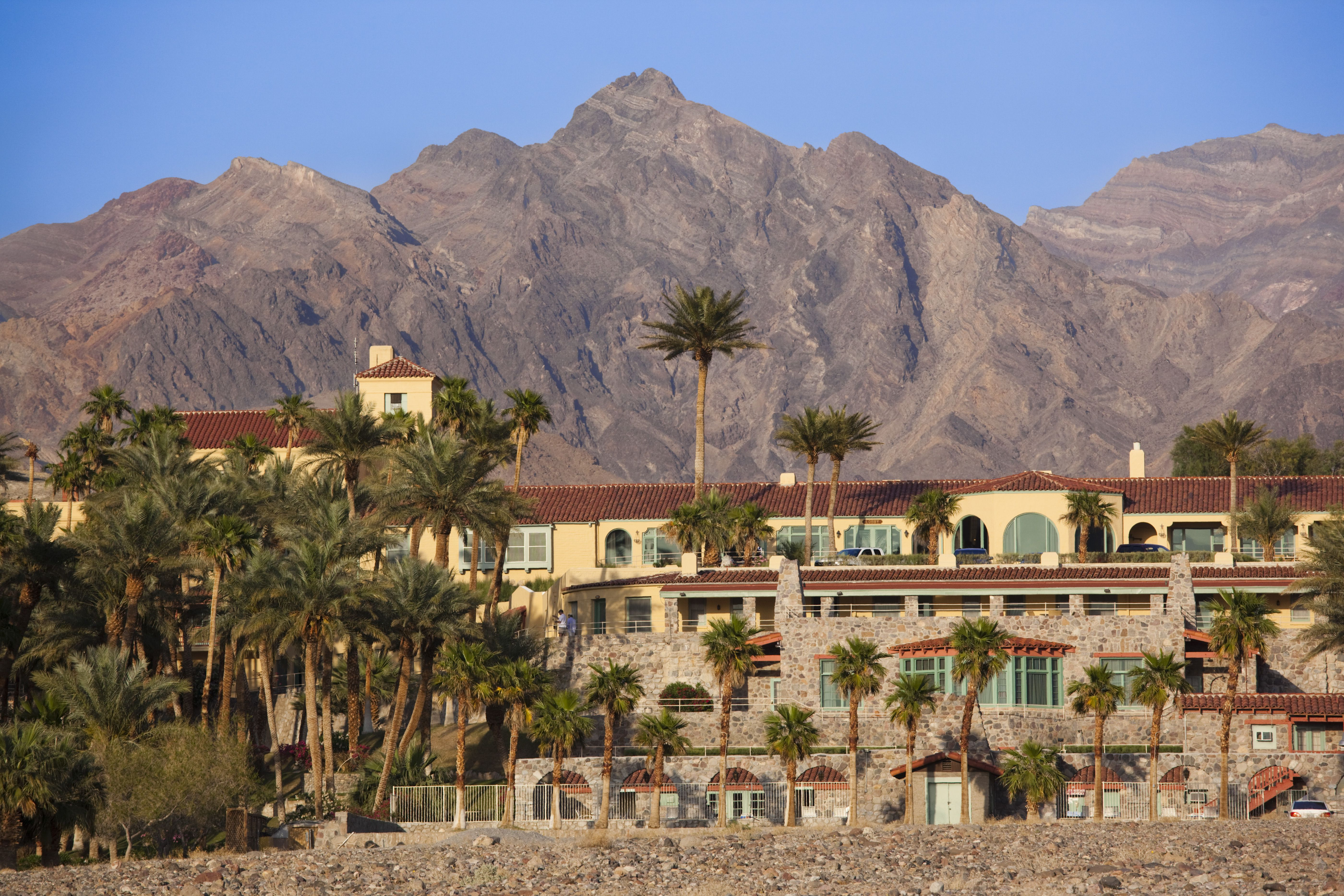 The Inn at Death Valley with the mountains in the background