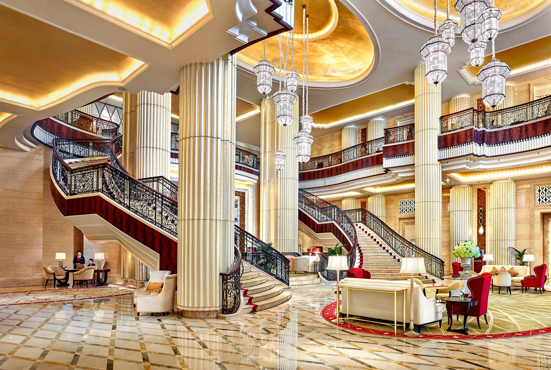 Lobby of Sf. Regis Abu Dhabi hotel