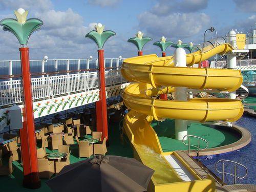 The twisting water slide at the Norwegian Pearl swimming pool