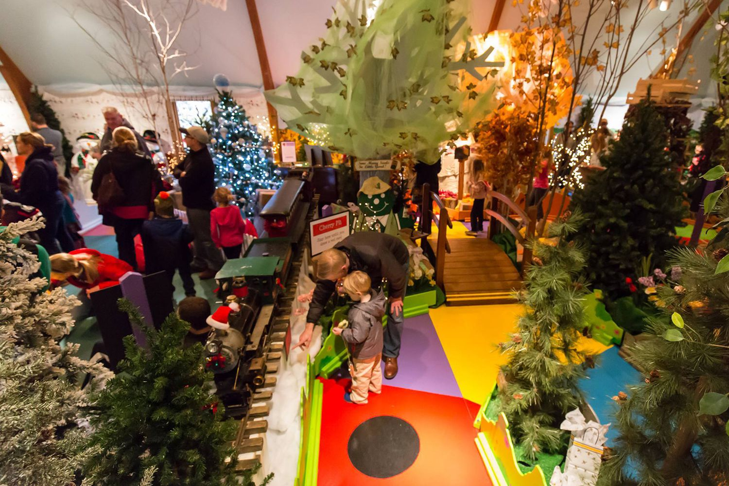 Top Cleveland Christmas Activities