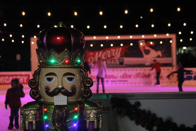 Merry Main Street in Mesa